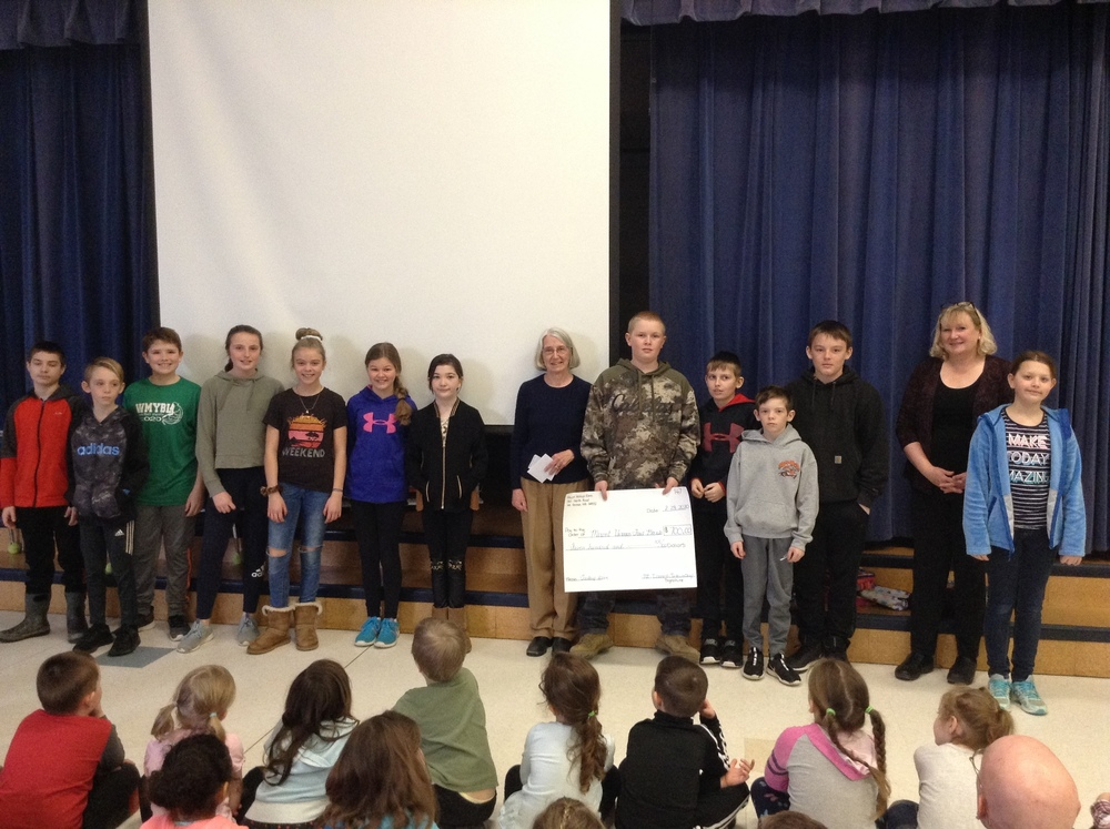 MtVES Students Support Local Food Bank