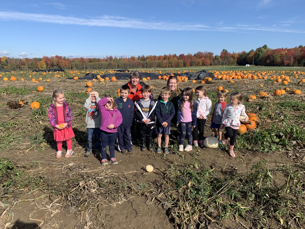 MtVES Pre-K visits the Pumpkin Patch