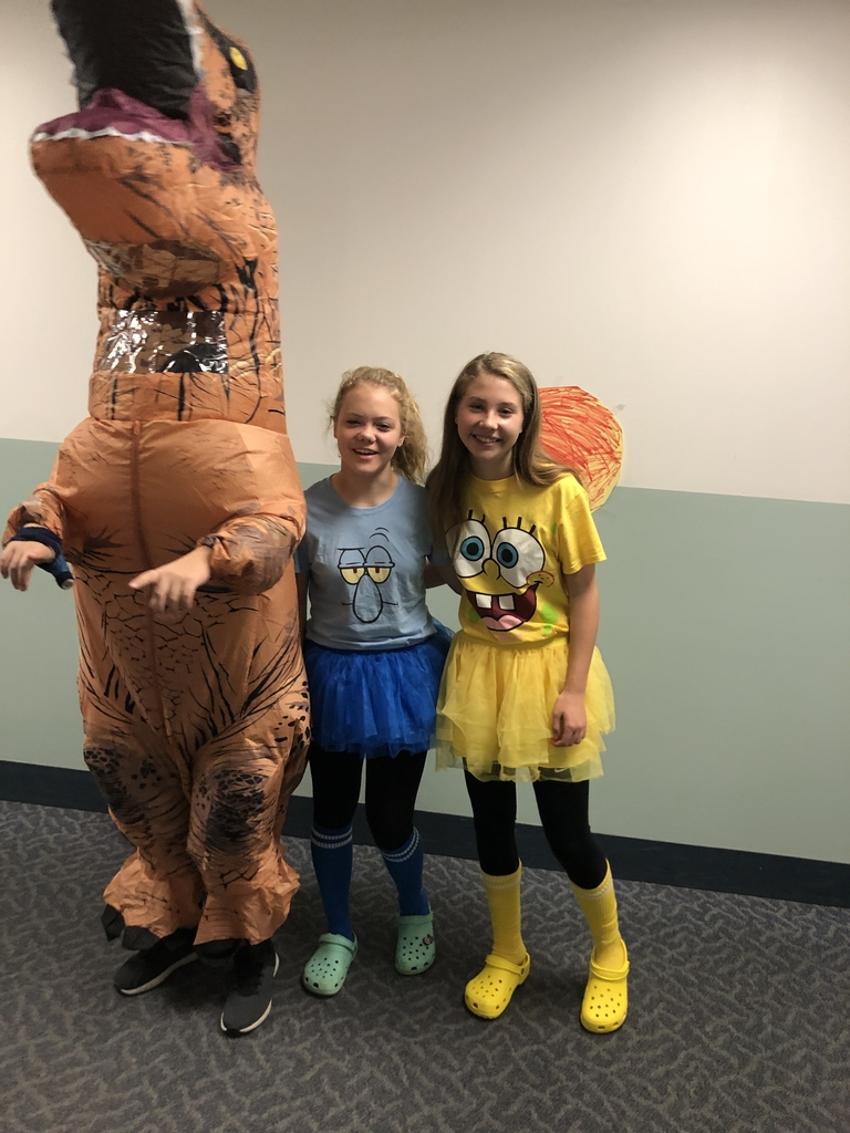 Rocco Scoot (dinosaur), Molly Woodford and Natasha Grass in their Halloween costumes!